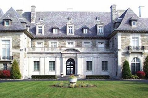 Meet-Joe-Black-Aldrich-Mansion-611x305